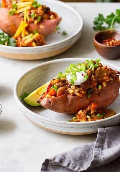 chili stuffed sweet potato recipe