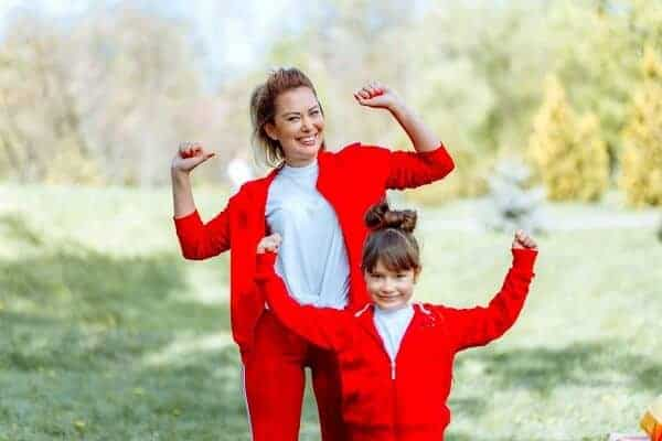 mother daughter costume photoshoot