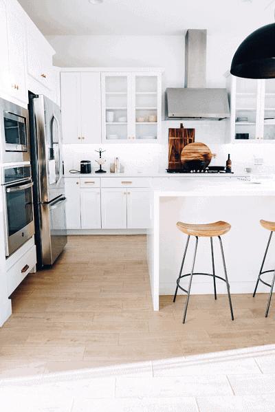 all white kitchen cabinets