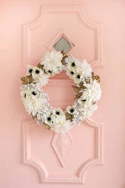 DIY White and Gold Holiday Wreath