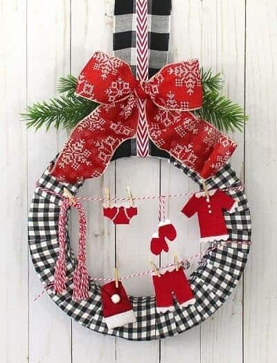 Santa's Laundry DIY Christmas Wreath