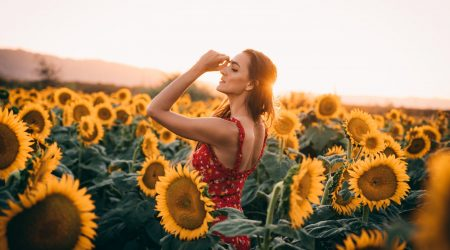 21 Best Sleeveless Summer Dresses from the Knee Up